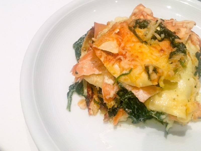 Zalm lasagne met spinazie roomsaus