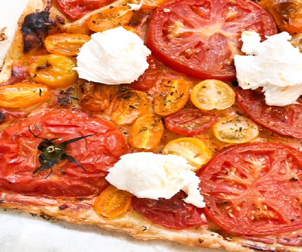 Plaattaart tomaat mozzarella
