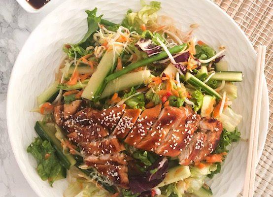 Thaise Salade met kip teriyaki